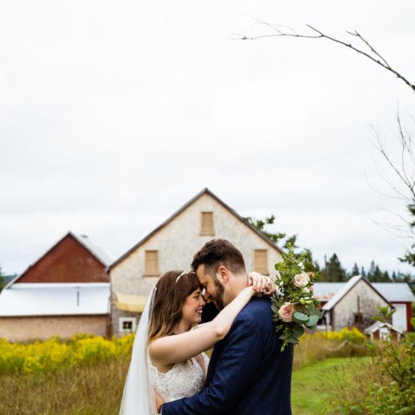 Ticklebelly Hill Wedding: Ashleigh + Jérémie